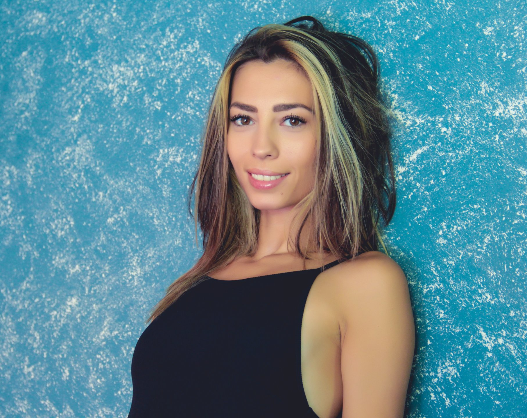 Live private of PoxyVibe, this chocolate like hair shaved